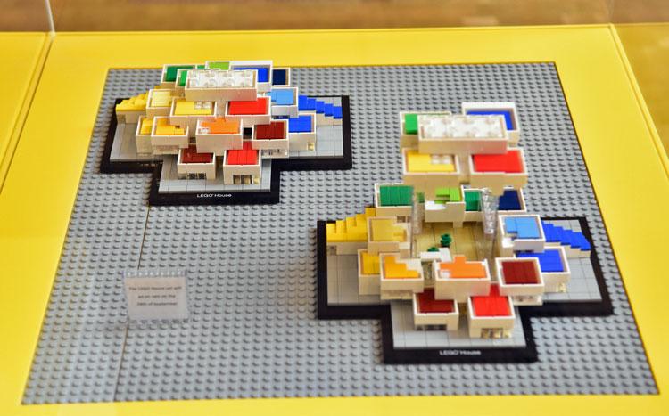 lego-architecture-21037-legohouse_2