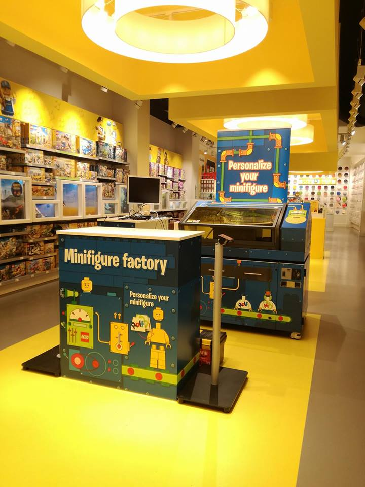 Setup of Minifigure Factory trials at Copenhagen