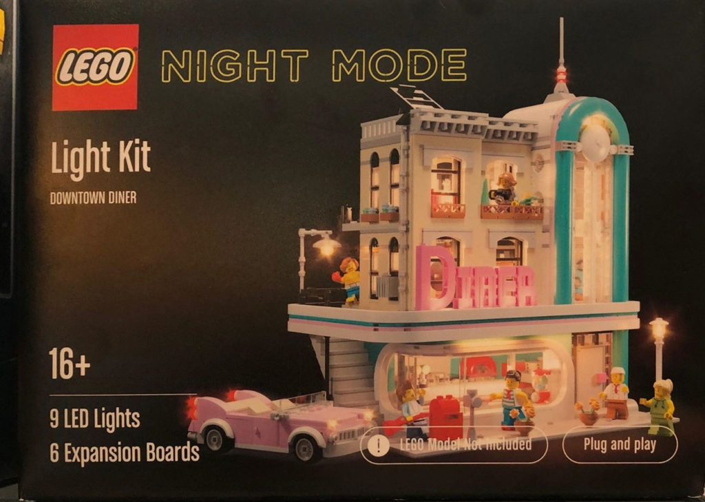 LEGO NIGHT MODE Downtown Diner
