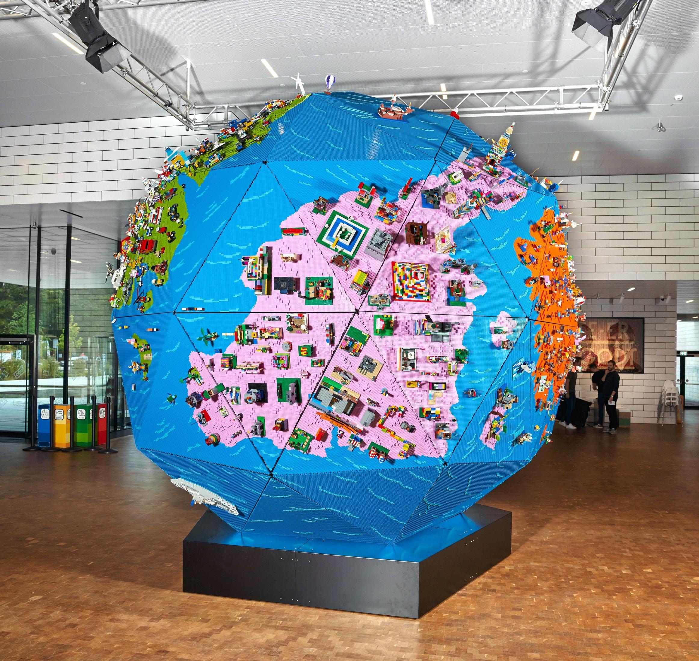 RTW Globe Icon (7)
