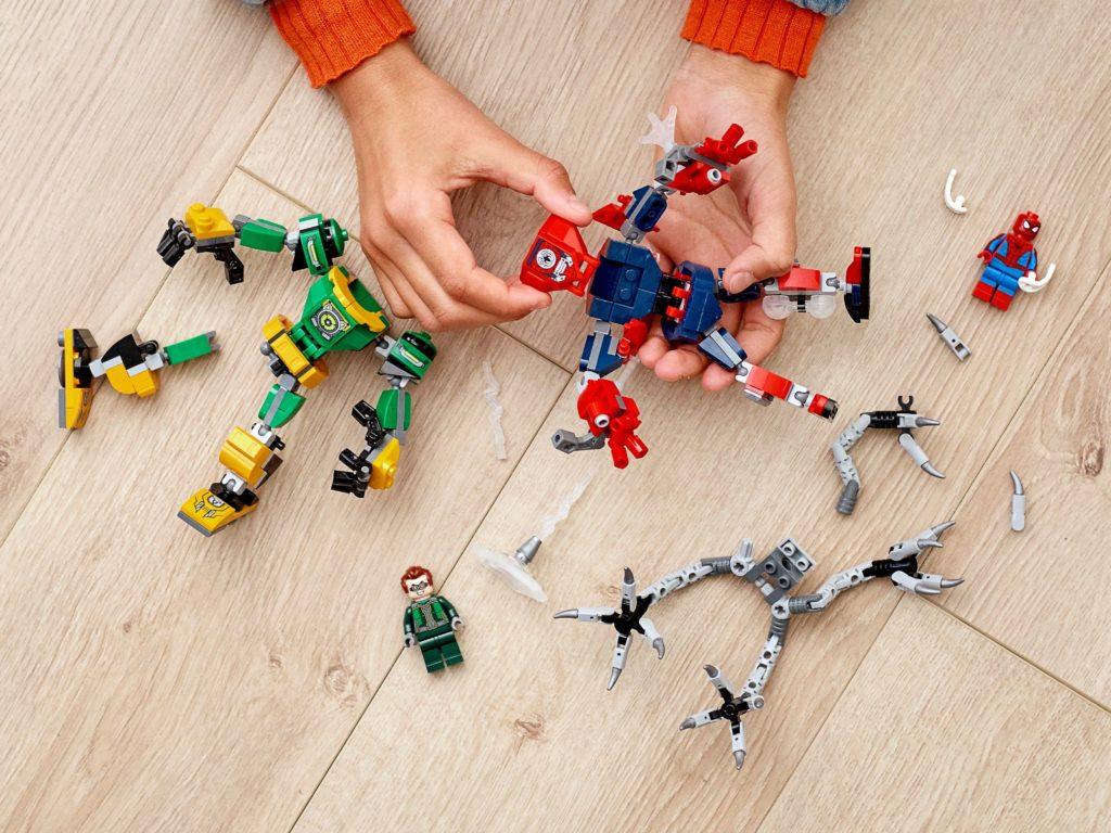 LEGO_76198_alt7